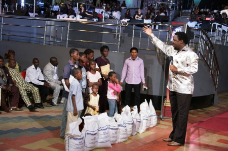 Prophet T.B Joshua's Church Donates To Ndola Family