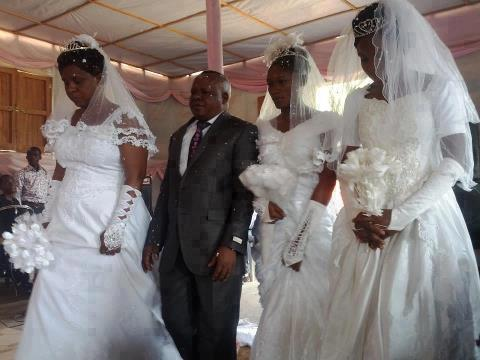 Man Marries 3 Wives In Church In One Day In Zaire (PHOTO)